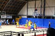 https://www.basketmarche.it/immagini_articoli/17-11-2019/triple-carancini-danno-vittoria-wispone-taurus-jesi-campo-loreto-pesaro-120.jpg