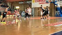 https://www.basketmarche.it/immagini_articoli/17-11-2019/vasto-basket-vittoria-battendo-robur-osimo-120.jpg