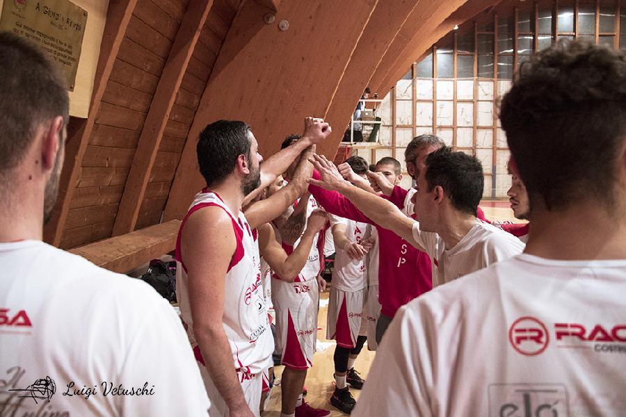https://www.basketmarche.it/immagini_articoli/17-12-2018/teramo-spicchi-coach-stirpe-brutta-sconfitta-rimprovero-nulla-ragazzi-600.jpg