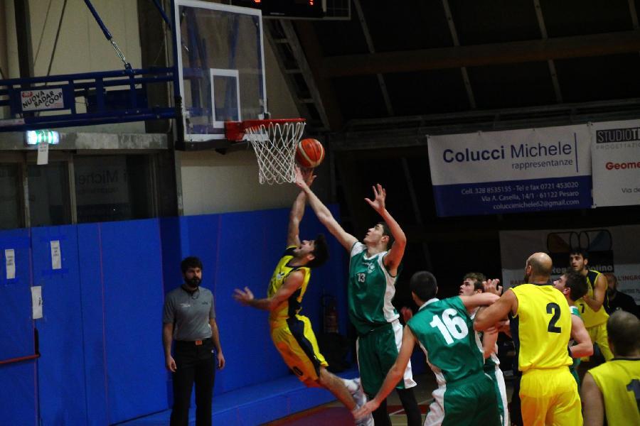 https://www.basketmarche.it/immagini_articoli/17-12-2019/loreto-pesaro-coach-mancini-bella-vittoria-stamura-tosto-adesso-testa-sfida-capolista-todi-600.jpg
