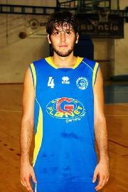 https://www.basketmarche.it/immagini_articoli/18-01-2018/d-regionale-edoardo-ulissi-è-un-nuovo-giocatore-del-montemarciano-basket-270.jpg