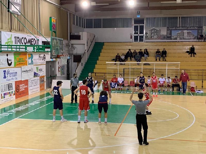 https://www.basketmarche.it/immagini_articoli/18-01-2020/sporting-porto-sant-elpidio-sconfitto-casa-amatori-severino-600.jpg