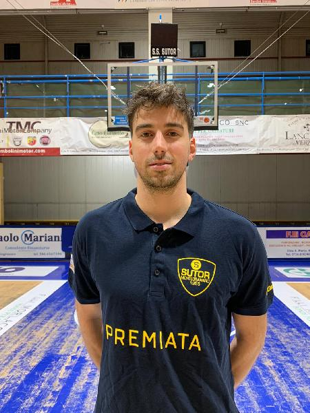 https://www.basketmarche.it/immagini_articoli/18-01-2020/ufficiale-andrea-rovatti-giocatore-sutor-montegranaro-600.jpg