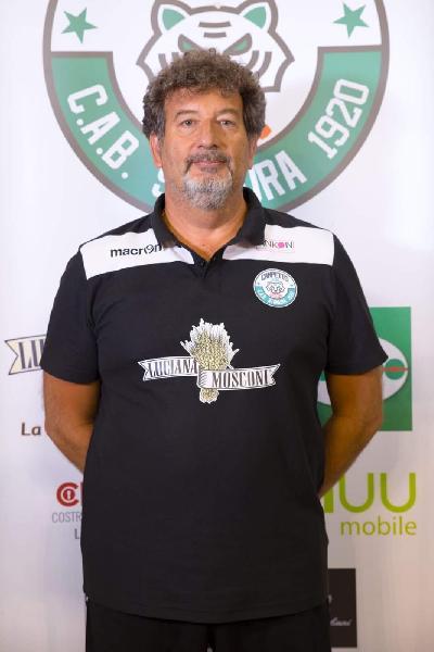 https://www.basketmarche.it/immagini_articoli/18-01-2020/ufficiale-sandro-pozzetti-allenatore-pallacanestro-recanati-600.jpg