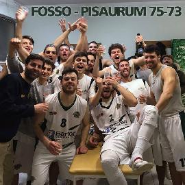 https://www.basketmarche.it/immagini_articoli/18-03-2018/serie-c-silver-il-nuovo-basket-fossombrone-vince-lo-scontro-diretto-contro-il-pisaurum-270.jpg