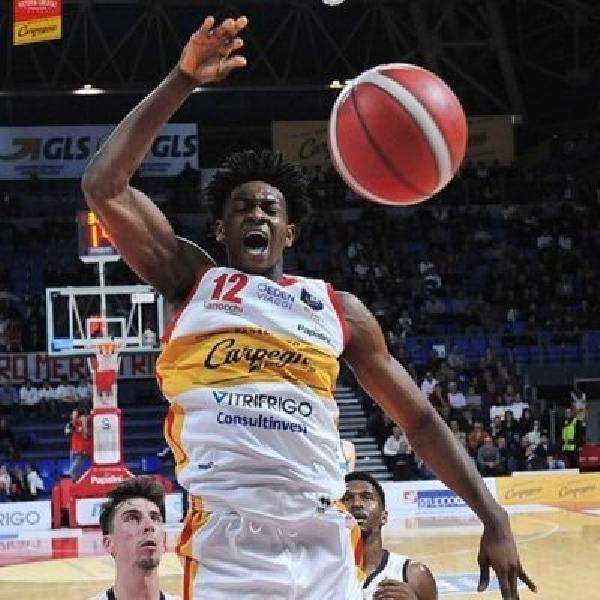 https://www.basketmarche.it/immagini_articoli/18-03-2021/pesaro-riapre-sorpresa-trattativa-ritorno-paul-eboua-600.jpg