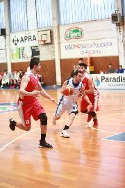 https://www.basketmarche.it/immagini_articoli/18-04-2018/d-regionale-playoff-gara-2-l-aesis-jesi-espugna-macerata-e-passa-il-turno-270.jpg