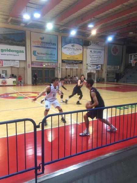https://www.basketmarche.it/immagini_articoli/18-04-2019/playout-pallacanestro-senigallia-supera-sporting-porto-sant-elpidio-salva-600.jpg