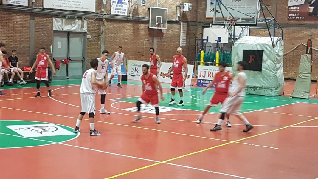 https://www.basketmarche.it/immagini_articoli/18-04-2019/regionale-umbria-playout-gara-viterbo-salva-giromondo-spoleto-prende-bella-600.jpg
