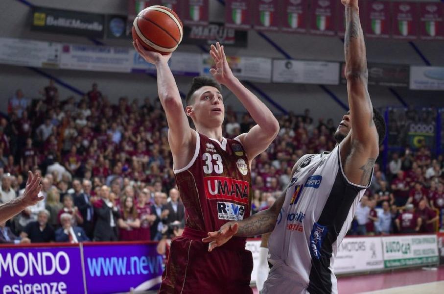 https://www.basketmarche.it/immagini_articoli/18-04-2020/reyer-venezia-giovane-talento-davide-casarin-entra-radar-pallacanestro-trieste-600.jpg