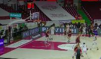 https://www.basketmarche.it/immagini_articoli/18-04-2021/convincente-vittoria-reyer-venezia-fortitudo-bologna-120.png