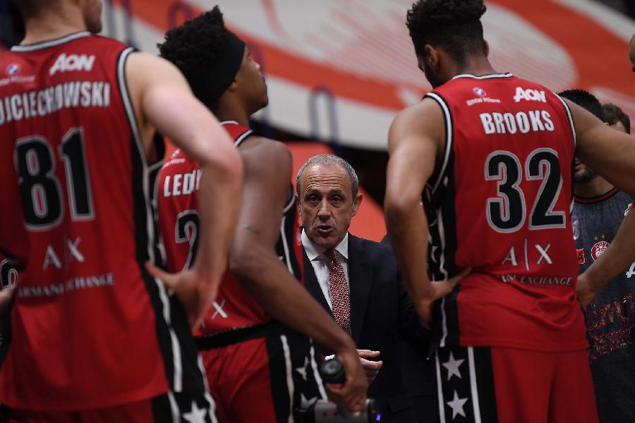 https://www.basketmarche.it/immagini_articoli/18-04-2021/milano-coach-messina-vinto-grazie-attacco-adesso-testa-serie-bayern-600.jpg