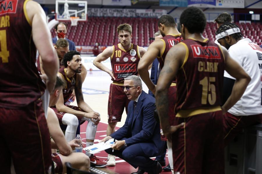 https://www.basketmarche.it/immagini_articoli/18-04-2021/reyer-coach-raffaele-dobbiamo-mettere-molta-attenzione-nostra-situazione-semplice-600.jpg