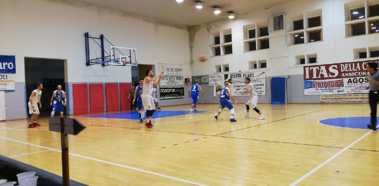 https://www.basketmarche.it/immagini_articoli/18-05-2019/montemarciano-coach-luconi-siamo-stati-bravi-fortunati-adesso-azzeriamo-tutto-gara-600.jpg