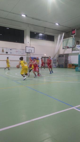 https://www.basketmarche.it/immagini_articoli/18-05-2019/regionale-playout-victoria-fermo-sacrata-porto-potenza-600.jpg