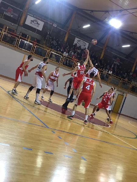 https://www.basketmarche.it/immagini_articoli/18-05-2019/serie-silver-finals-meccoli-sirena-regala-virtus-assisi-tasp-600.jpg