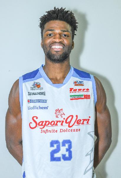https://www.basketmarche.it/immagini_articoli/18-06-2020/pallacanestro-cant-passo-arrivo-jordan-bayehe-600.jpg