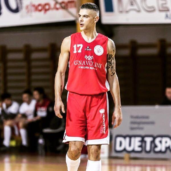 https://www.basketmarche.it/immagini_articoli/18-07-2019/ufficiale-stefano-orazi-giocatore-basket-assisi-600.jpg