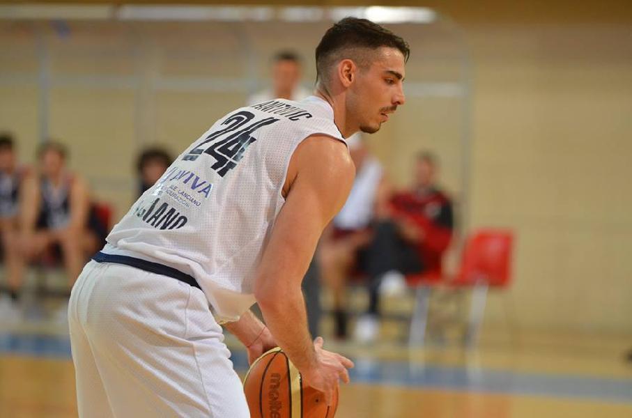 https://www.basketmarche.it/immagini_articoli/18-07-2019/unibasket-lanciano-ufficiale-conferma-dusan-ranitovic-sono-molto-soddisfatto-600.jpg