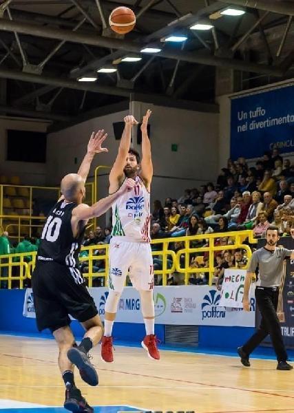 https://www.basketmarche.it/immagini_articoli/18-07-2020/ufficiale-juvecaserta-annuncia-firma-lorenzo-dalessandro-600.jpg