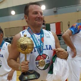 https://www.basketmarche.it/immagini_articoli/18-08-2017/promozione-svolta-epocale-per-i-new-basket-jesi-il-presidente-luca-allegrini-ci-svela-le-novità-270.jpg