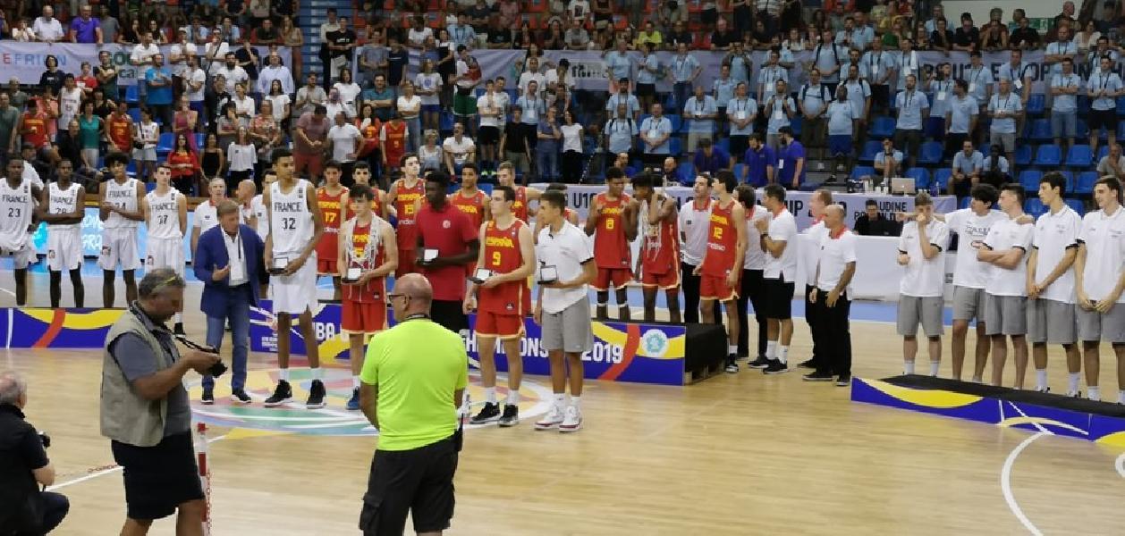 https://www.basketmarche.it/immagini_articoli/18-08-2019/europeo-under-matteo-spagnolo-inserito-quintetto-ideale-600.jpg