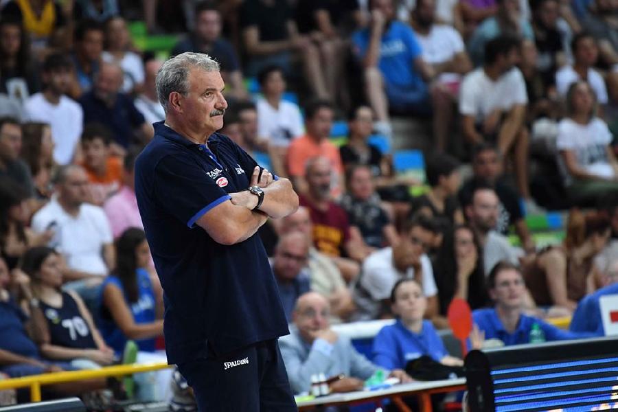https://www.basketmarche.it/immagini_articoli/18-08-2019/italbasket-coach-sacchetti-dispiace-risultato-finale-mancata-lucidit-600.jpg