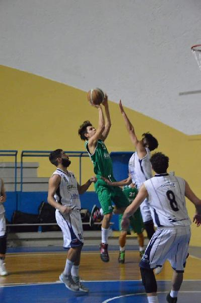https://www.basketmarche.it/immagini_articoli/18-08-2020/ufficiale-gianmarco-barcaroli-virtus-terni-600.jpg