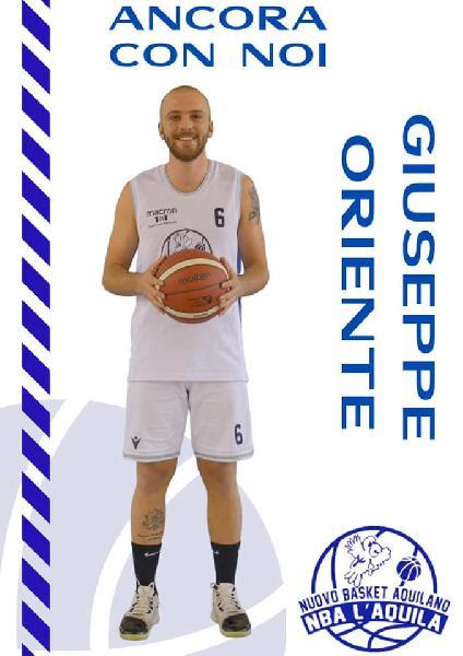 https://www.basketmarche.it/immagini_articoli/18-08-2021/basket-aquilano-ufficiale-conferma-esterno-giuseppe-oriente-600.jpg