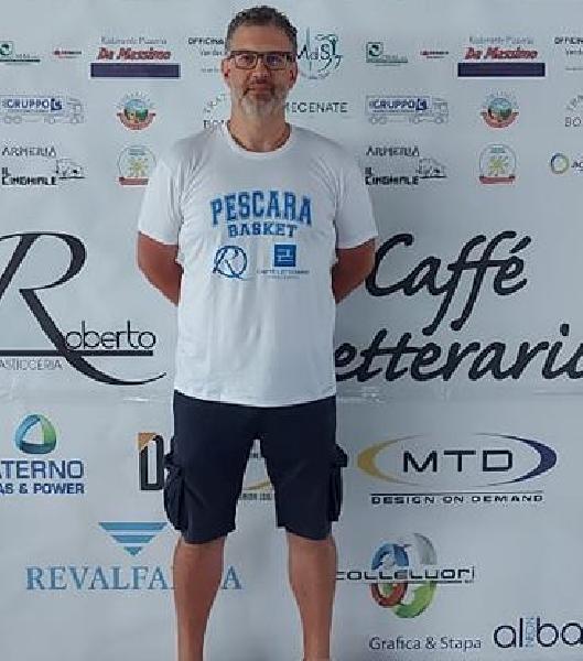 https://www.basketmarche.it/immagini_articoli/18-08-2021/ufficiale-luca-cinquegrana-entra-staff-tecnico-pescara-basket-600.jpg