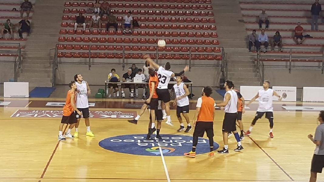 https://www.basketmarche.it/immagini_articoli/18-09-2019/alti-bassi-campetto-ancona-test-falconara-basket-esordio-quaglia-600.jpg