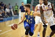 https://www.basketmarche.it/immagini_articoli/18-09-2019/buona-poderosa-montegranaro-sconfitta-campo-pesaro-memorial-ford-120.jpg