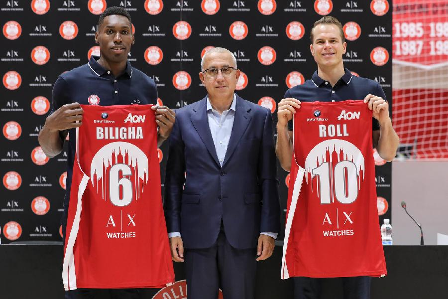 https://www.basketmarche.it/immagini_articoli/18-09-2019/olimpia-milano-presentano-paul-biligha-michael-roll-600.jpg