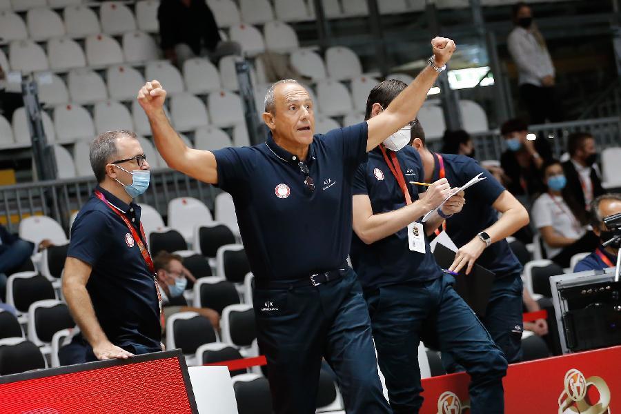 https://www.basketmarche.it/immagini_articoli/18-09-2020/milano-coach-messina-ottimo-primo-tempo-difesa-permesso-conservare-vantaggio-600.jpg