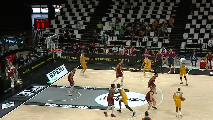 https://www.basketmarche.it/immagini_articoli/18-09-2021/discover-supercoppa-2021-reyer-venezia-travolge-pesaro-semifinale-120.png
