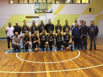 https://www.basketmarche.it/immagini_articoli/18-10-2017/d-regionale-cambio-di-allenatore-per-i-brown-sugar-fabriano-arriva-coach-pietro-gentili-270.jpg