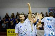 https://www.basketmarche.it/immagini_articoli/18-10-2018/titano-marino-andrea-cambrini-todi-difficile-possiamo-riscattarci-fare-bene-120.jpg