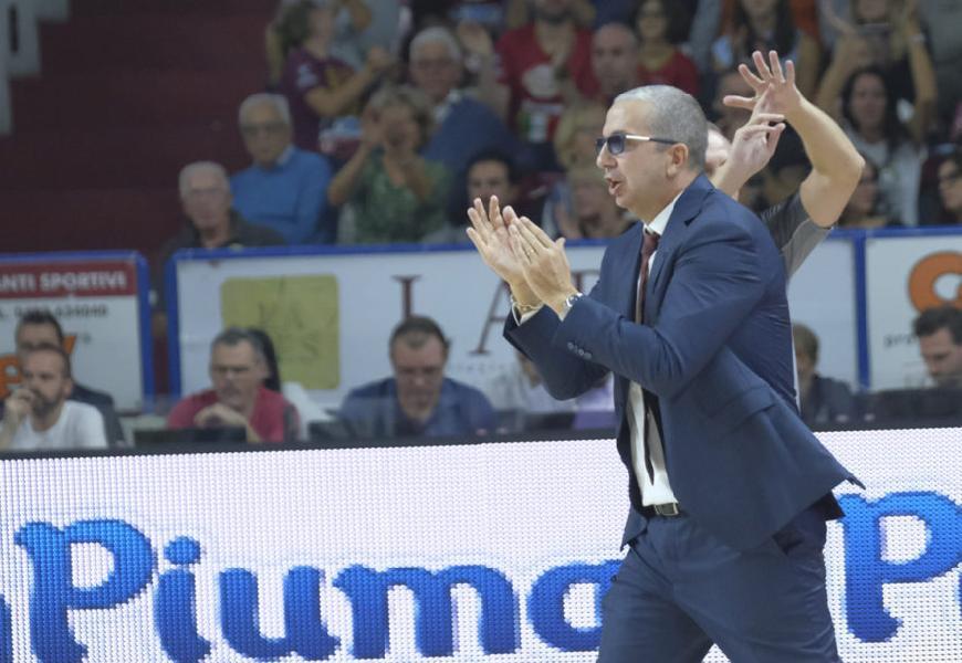 https://www.basketmarche.it/immagini_articoli/18-10-2019/reyer-venezia-coach-raffaele-derby-difficile-squadra-dimostrato-essere-competitiva-600.jpg
