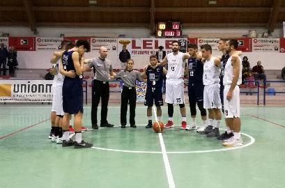 https://www.basketmarche.it/immagini_articoli/18-11-2017/d-regionale-la-pallacanestro-acqualagna-supera-il-basket-giovane-pesaro-e-torna-alla-vittoria-270.jpg