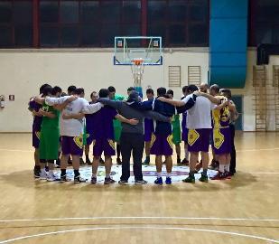 https://www.basketmarche.it/immagini_articoli/18-11-2017/promozione-d-terza-vittoria-consecutiva-per-gli-storm-ubique-ascoli-contro-il-picchio-civitanova-270.jpg