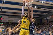 https://www.basketmarche.it/immagini_articoli/18-11-2018/4026-palasavelli-bastano-poderosa-montegranaro-arrende-fortitudo-bologna-120.jpg