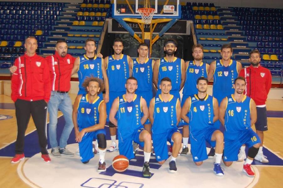 https://www.basketmarche.it/immagini_articoli/18-11-2018/convincente-vittoria-olimpia-mosciano-campo-nova-campli-basket-600.jpg