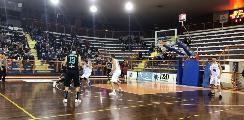 https://www.basketmarche.it/immagini_articoli/18-11-2018/luciana-mosconi-ancona-mani-vuote-trasferta-pescara-120.jpg