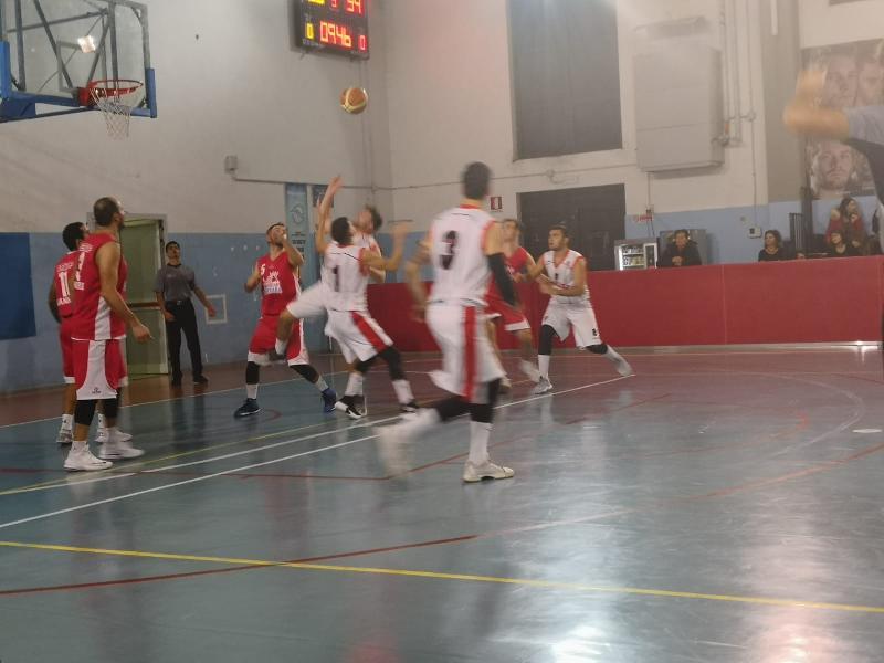 https://www.basketmarche.it/immagini_articoli/18-11-2018/regionale-live-girone-umbria-gare-domenica-tempo-reale-600.jpg