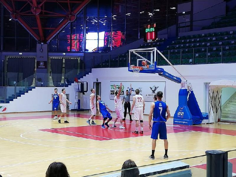 https://www.basketmarche.it/immagini_articoli/18-11-2018/serie-silver-live-girone-marche-abruzzo-gare-domenica-tempo-reale-600.jpg