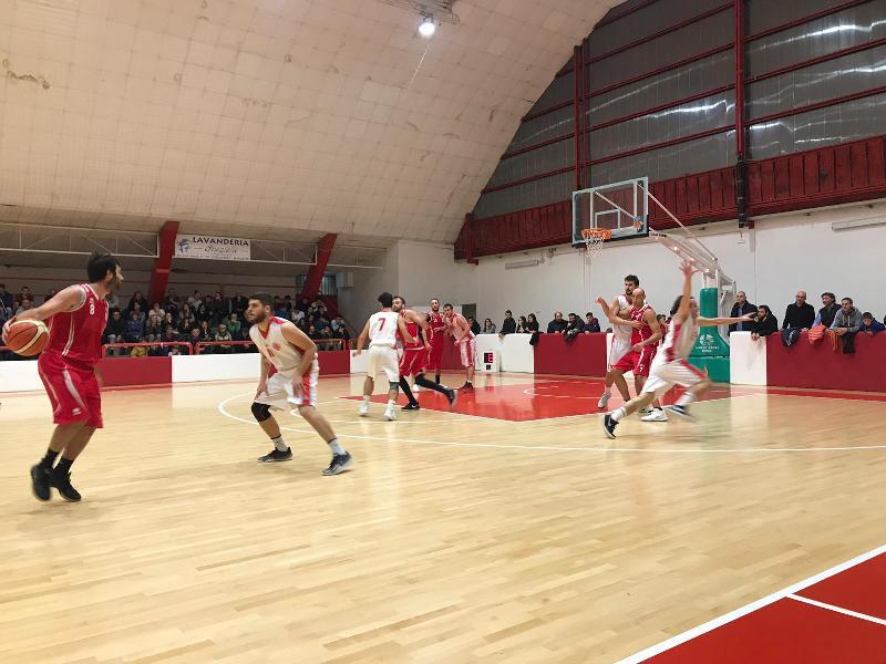 https://www.basketmarche.it/immagini_articoli/18-11-2018/settima-giornata-macerata-fochi-fuga-bene-severino-matelica-basket-fermo-600.jpg