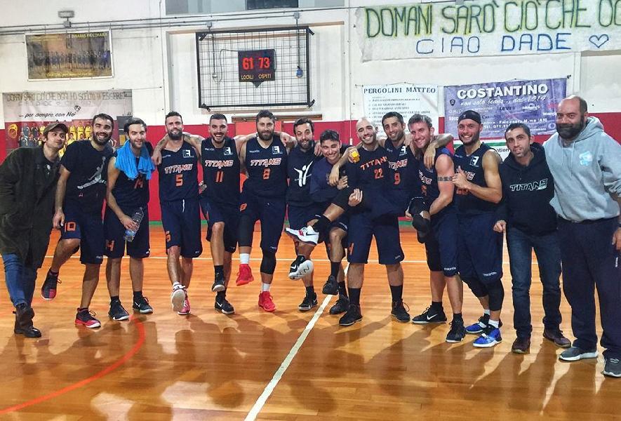 https://www.basketmarche.it/immagini_articoli/18-11-2018/splendida-vittoria-esterna-titans-jesi-600.jpg