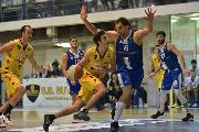 https://www.basketmarche.it/immagini_articoli/18-11-2019/janus-fabriano-sbanca-bombonera-correre-120.jpg