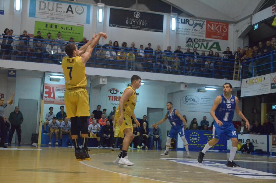 https://www.basketmarche.it/immagini_articoli/18-11-2019/sutor-montegranaro-francesco-villa-abbiamo-affrontato-ottima-squadra-meritiamo-applauso-anche-600.jpg