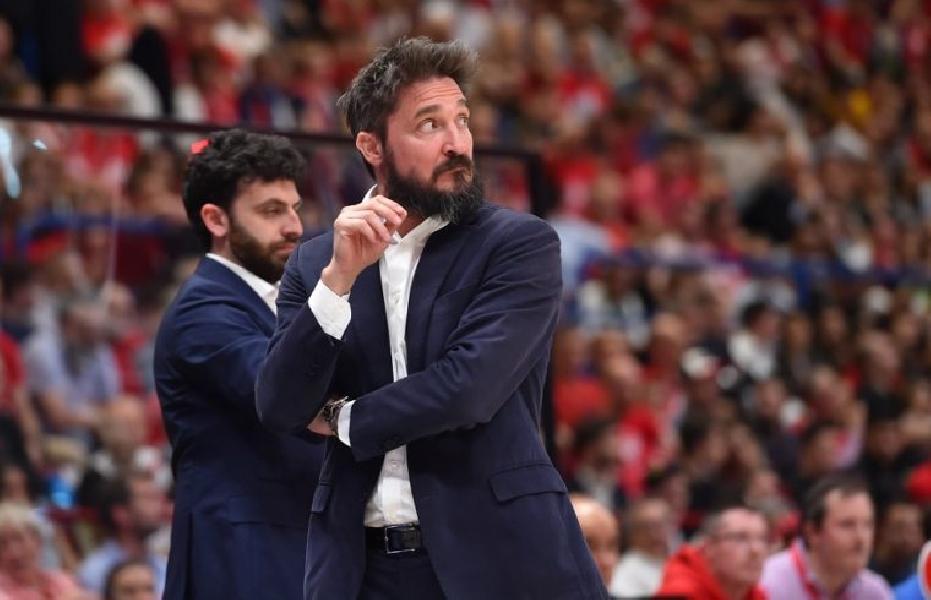 https://www.basketmarche.it/immagini_articoli/18-12-2019/dinamo-sassari-coach-pozzecco-partite-genere-vincono-cuore-nostro-pubblico-aiutato-600.jpg